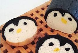 ペンギン丸型食パン